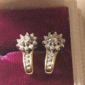 Jewelry - 10k gold and diamond earrings